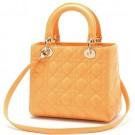 ディオールのバッグ Dior  レディ ディオール  ハンドバッグ