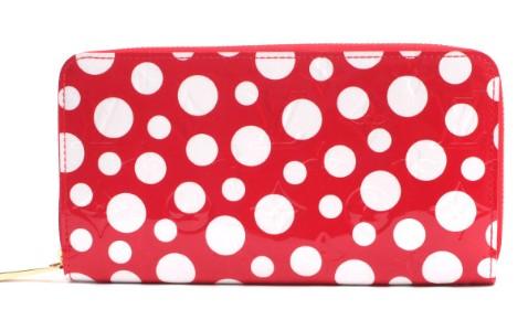 online retailer aaedd 00557 草間彌生さんとヴィトンのコラボ財布を高価買取しております。