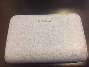 フルラ 2つ折り財布