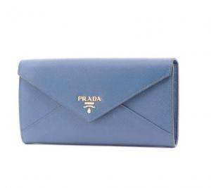 プラダ サフィアーノ 二つ折り長財布