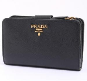 プラダ サフィアーノ 2つ折り財布
