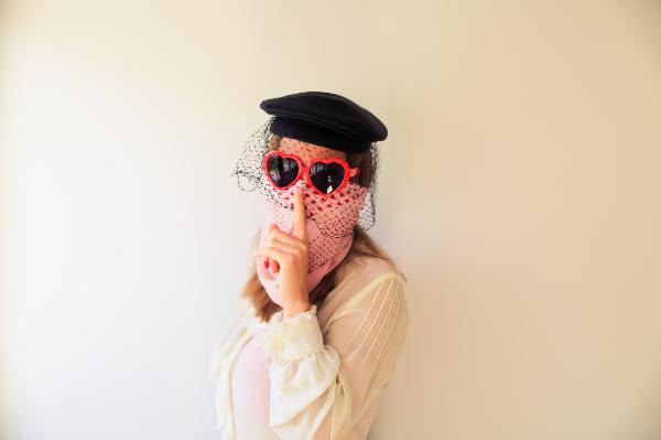マスクの上からスカーフ