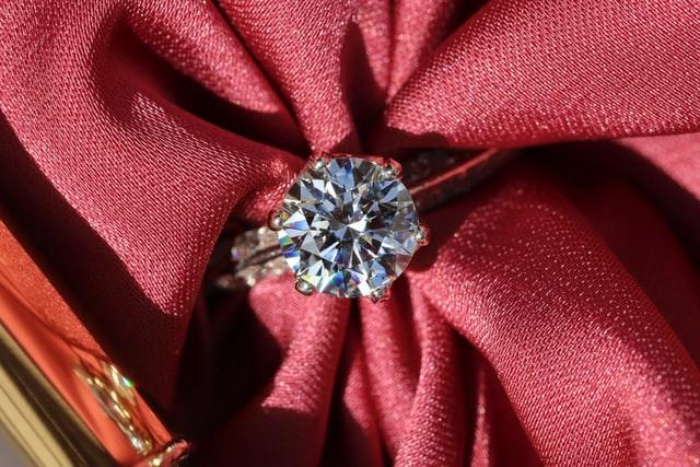 ダイヤモンドは今が売り時