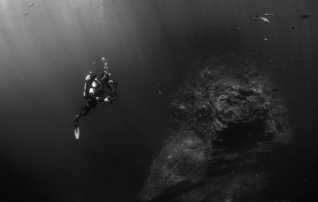 防水性能を超えた潜水はしない